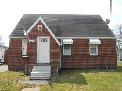 Ashtabula Single Family Home For Sale: 918 West 58th St