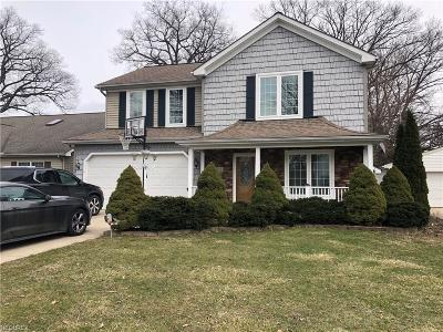 Willoughby Single Family Home For Sale: 791 Cherokee Trl