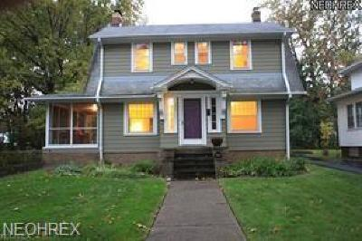 Cuyahoga County Single Family Home For Sale: 1521 Parkhill Rd