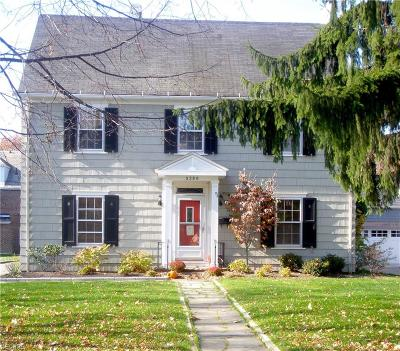 Shaker Heights Single Family Home For Sale: 3280 Lansmere Rd