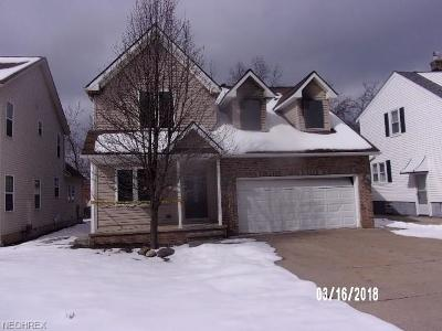 South Euclid Single Family Home For Sale: 1412 Plainfield Rd