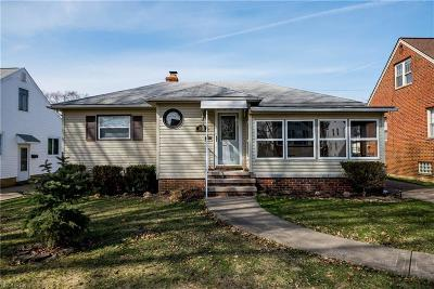 Parma Heights Single Family Home For Sale: 10232 Greenheath Dr