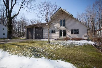 Eastlake Single Family Home For Sale: 42 Admiral Dr
