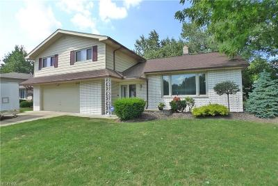 Lyndhurst Single Family Home For Sale: 1974 Camberly Dr