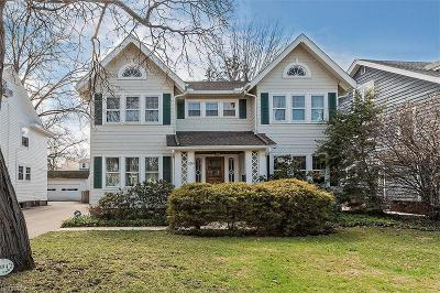 Shaker Heights Single Family Home For Sale: 2884 Huntington Rd