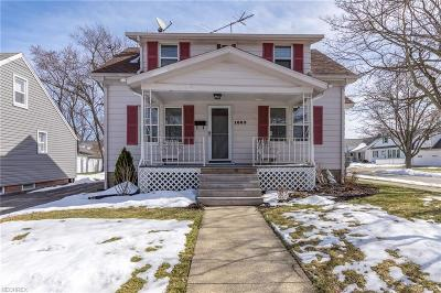 Lyndhurst Single Family Home For Sale: 1603 Winchester Rd
