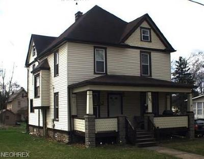 Girard Single Family Home For Sale: 151 East Wilson Ave