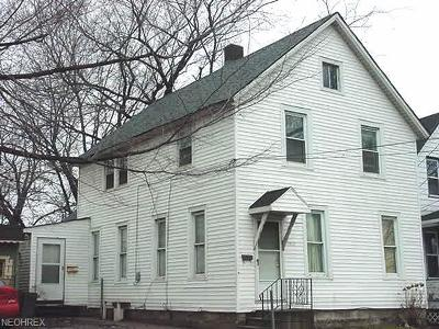 Cleveland Multi Family Home For Sale: 5912 Francis Ave