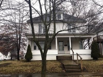 Ashland County Multi Family Home For Sale: 626 West Walnut St