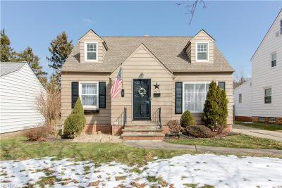 Parma Heights Single Family Home For Sale: 10078 Beaconsfield Dr