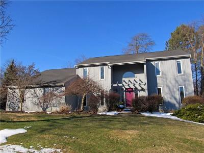 Cuyahoga County Single Family Home For Sale: 7624 White Oak Dr