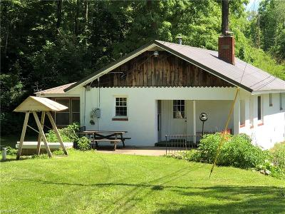 McConnelsville Single Family Home For Sale: 5550 North State Route 60 Northwest