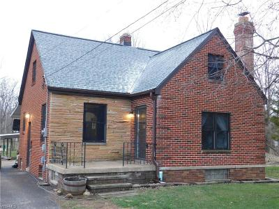 North Royalton Single Family Home For Sale: 12247 Albion Rd