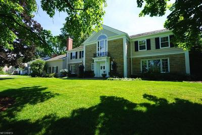 Shaker Heights Single Family Home For Sale: 2751 Sherbrooke Rd