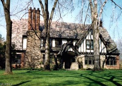 Shaker Heights Single Family Home For Sale: 2932 Broxton Rd
