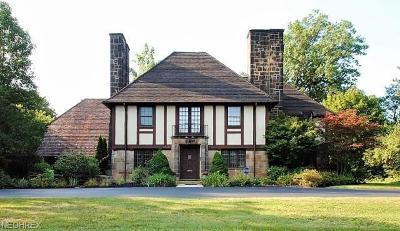 Cuyahoga County Single Family Home For Sale: 19700 South Woodland Rd