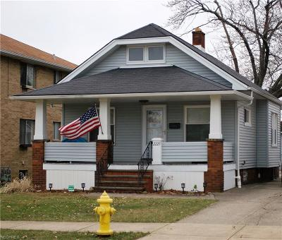 Parma Single Family Home For Sale: 2225 North