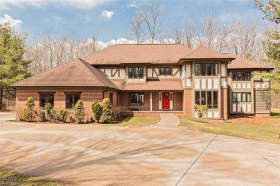 Gates Mills Single Family Home For Sale: 7780 Sugarbush Ln