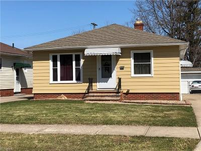 Parma Single Family Home For Sale: 2408 Torrington Ave