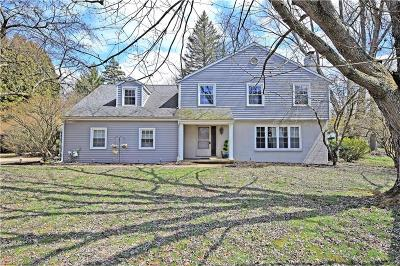 Youngstown Single Family Home For Sale: 4039 Whippoorwill Way