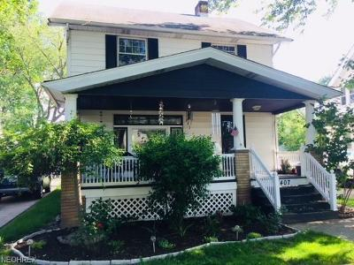 Single Family Home For Sale: 17407 Woodbury Ave