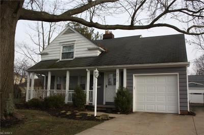 Beachwood Single Family Home For Sale: 24112 East Silsby Rd
