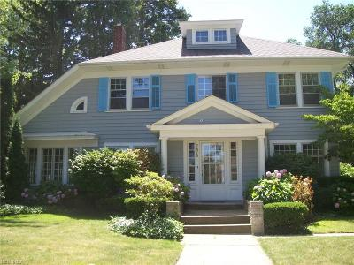 Shaker Heights Single Family Home For Sale: 2878 Woodbury Rd