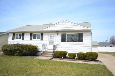 Brook Park Single Family Home For Sale: 15636 Holland Rd