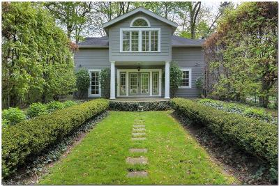 Shaker Heights Single Family Home For Sale: 2725 South Park Blvd