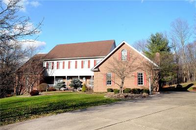Guernsey County Single Family Home For Sale: 8896 Cedar Hills Rd