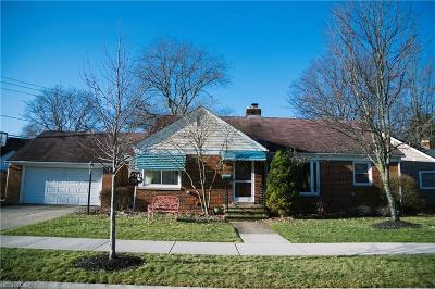 Berea Single Family Home For Sale: 323 Westbridge Dr