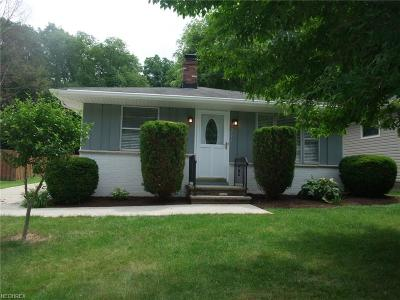 North Olmsted Single Family Home For Sale: 5771 Wellesley Ave