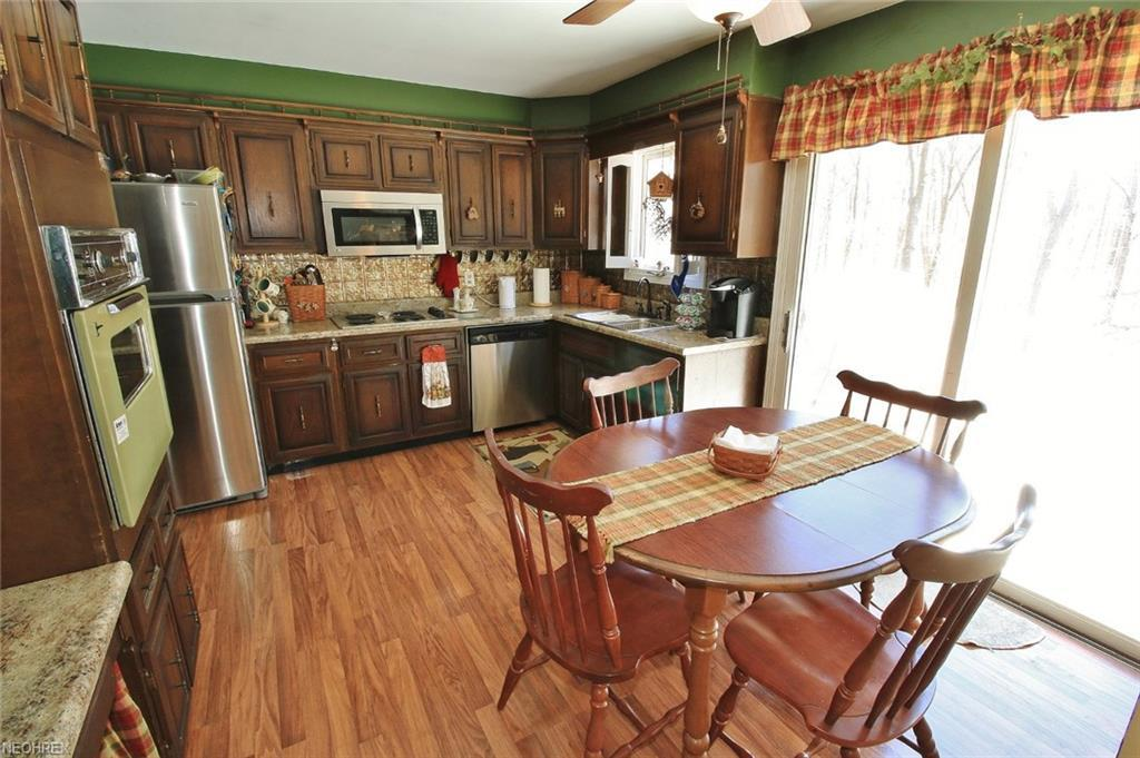 Listing: 1150 Lectric Ln, Zanesville, OH.  MLS# 3987303   Brent ...