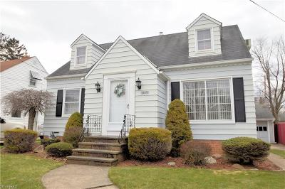 Parma Heights Single Family Home For Sale: 10019 Ackley Rd