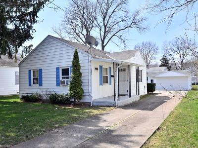 North Olmsted Single Family Home For Sale: 5732 Porter Rd