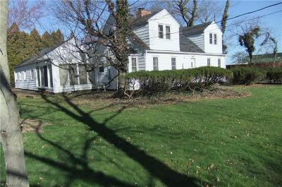 Strongsville OH Single Family Home For Sale: $114,900