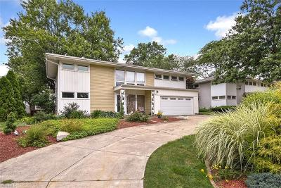 Shaker Heights Single Family Home For Sale: 24080 Fairmount Blvd
