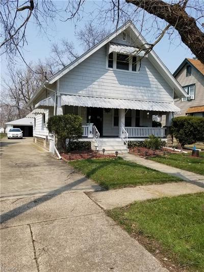 Elyria Single Family Home For Sale: 605 Bond St