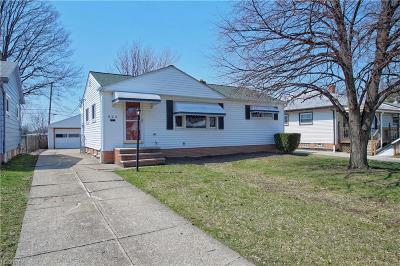 Willowick Single Family Home For Sale: 824 Pendley Rd