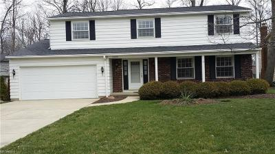 Strongsville OH Single Family Home For Sale: $188,900