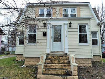 Single Family Home For Sale: 1519 West 9th St