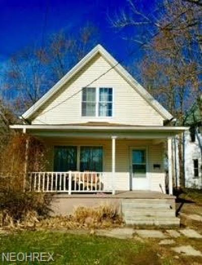 Painesville OH Single Family Home For Sale: $71,900