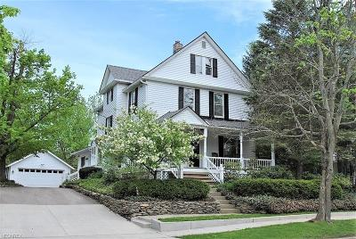 Chagrin Falls Single Family Home For Sale: 445 Bell St