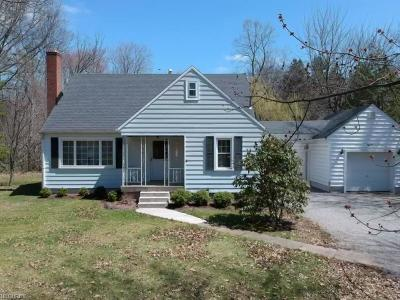 Girard Single Family Home For Sale: 1411 Keefer Rd