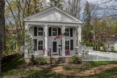 Cuyahoga County Single Family Home For Sale: 15 East Cottage St