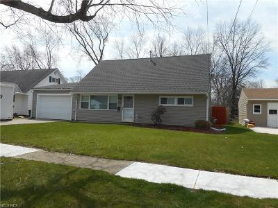 Berea Single Family Home For Sale: 245 Wallace Dr