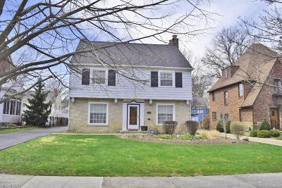 Shaker Heights Single Family Home For Sale: 3694 Traver Rd