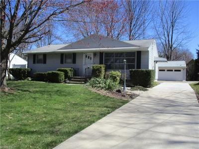 Elyria Single Family Home For Sale: 42906 Woodhill Dr