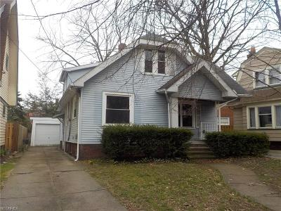 Single Family Home For Sale: 15621 Greenway Rd