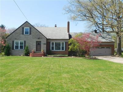 Rocky River Single Family Home For Sale: 4042 Wooster Rd